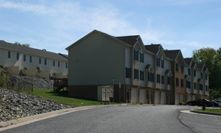 Ridgeview Townhomes in Broadway